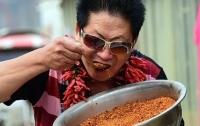 Китаец ест по 2,5 кг острого перца в день без вреда для здоровья