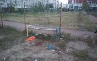 В Киеве во дворе школы нашли мужчину в луже крови