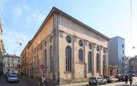 Бон виван из Бордо помогает восстанавливать львовскую синагогу
