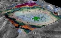 Среди загадочных гор на Марсе обнаружены следы древнего озера (ФОТО)