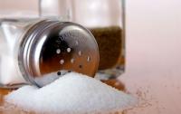 Любители соленой пищи рискуют заработать инсульт