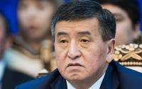 Избранный президент Киргизии принес присягу и вступил в должность