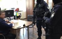 В Киеве и Житомире обыскивают военные предприятия