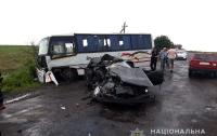 ДТП в Ровенской области: столкнулись маршрутка и легковушка, есть погибшие