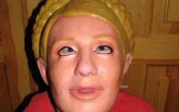 В Украине появились резиновые куклы, похожие на чучело Тимошенко (ФОТО)