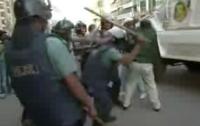 В Бангладеш против демонстрантов введены войска