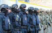 В Мукачево отправили спецназ и Нацгвардию