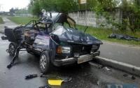Ужасное ДТП в Киеве: погиб водитель
