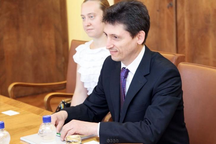 Сербия вызвала для консультаций своего посла вУкраинском государстве