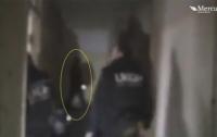 На заброшенной авиабазе засняли призрак летчика (видео)