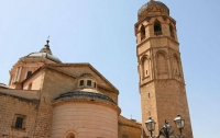 Над храмом в Италии заметили