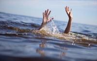За первый месяц лета в Украине утонули десятки детей