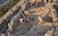 Израильтянин выкопал бассейн в могиле одного из авторов Талмуда
