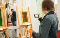 В Севастополе открылась выставка художественных голограмм «Православные святыни»