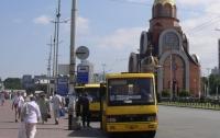 В Киеве неадекватный водитель маршрутки напал на ребенка