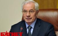 Азаров осознает важность реконструкции Почтовой площади