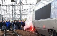 При столкновении двух поездов во Франции пострадали 25 человек
