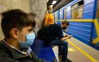 В столичном метро еще на шести станциях заработал 4G-интернет