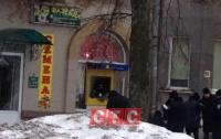 В Сумах ограбили банкомат и стреляли