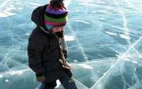 Под Харьковом трое детей провалились под лед