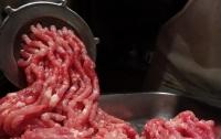 В Мелитополе на мясокомбинате мужчина погиб странной смертью
