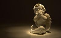 На Херсонщине бабушка украла на кладбище статуэтки девяти ангелов
