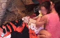 Супружеская пара два года занималась растлением 4-летней дочери