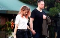 Илон Маск подтвердил отношения с бывшей супругой Джонни Деппа