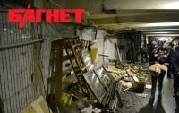 Киевские коммунальщики начали беспощадно громить ларьки в переходах метро (ФОТО)