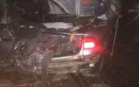 Столкновение поезда и авто под Киевом: появились подробности