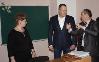 Народний депутат Артур Палатний подарував школі Переяслав-Хмельницького комп'ютерний клас