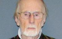83-летнего психолога обвинили в изнасиловании пациентки