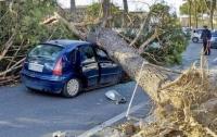 В Италии из-за урагана гибнут люди