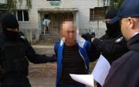 На Луганщине задержали мужчину, который три года был в розыcке