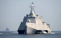 Американский эсминец Zumwalt сломался при прохождении через Панамский канал