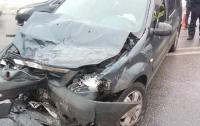 В столкновении авто в Харькове пострадали пять человек