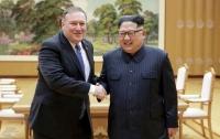 Стали известны подробности встречи Помпео и Ким Чен Ына