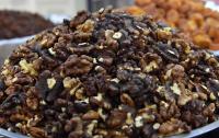 Грецкие орехи помогают бороться с возрастным набором веса