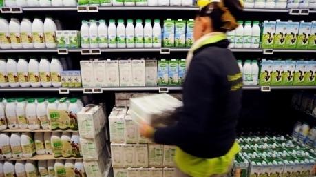 Россия готовит продуктовые карточки для населения