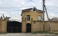 В Запорожье бросили гранату во двор частного дома