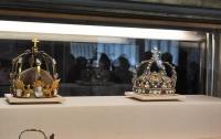 Из музея в Лионе украли драгоценную корону ХІХ века