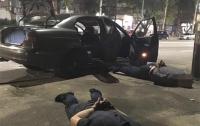 Полицейский возглавлял банду опасных преступников в Запорожье (видео)