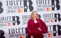Адель стала обладательницей четырех премий Brit Awards 2016
