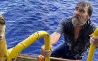 Сутки провел в открытом море: в США спасли пропавшего моряка