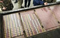 На границе с Россией задержали крупную контрабанду сигарет