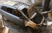 В Одессе сожгли иномарку активиста евромайдана