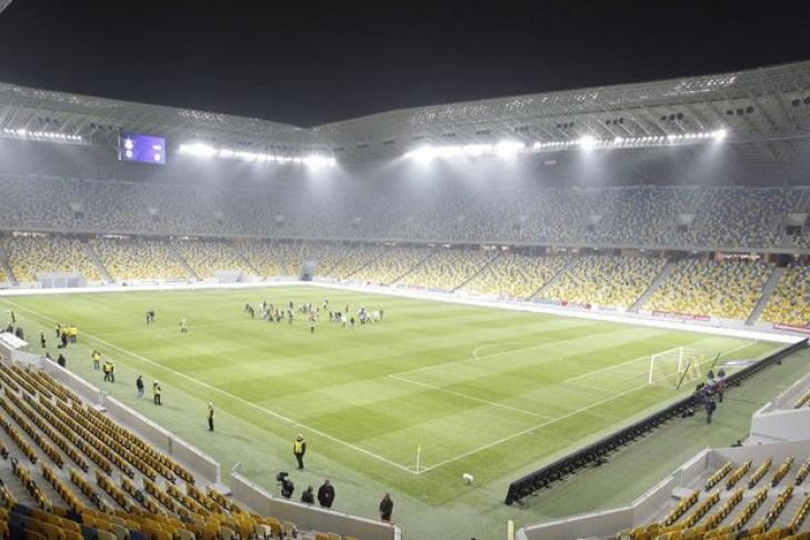 ВоЛьвове вовремя футбольного матча скончался болельщик