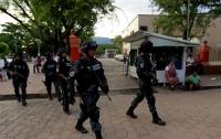 Испугавшиеся преступников полицейские оказались за решеткой