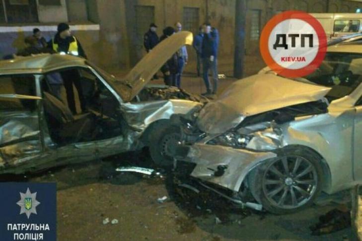 Смертельная авария на Николаевской дороге: погибла женщина, пять человек получили травмы