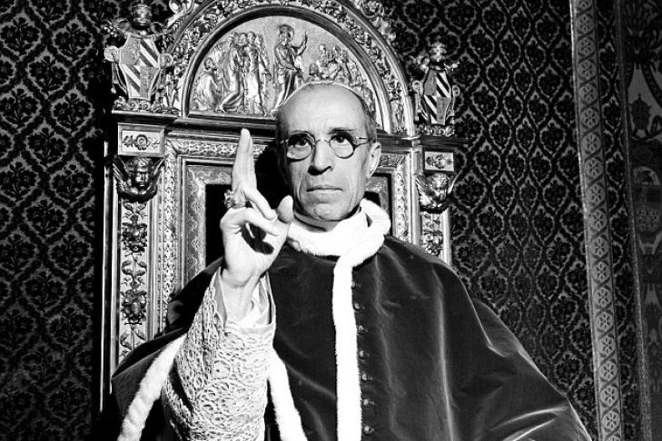 секс папа пий 2 встреча с гитлером попку